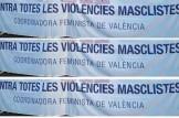 Concentració contra la violència cap a les dones