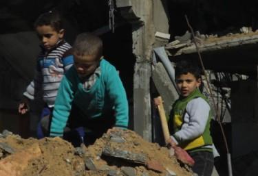 Gaza. Una Mirada a los Ojos de la Barbarie / Projecció i Diàleg