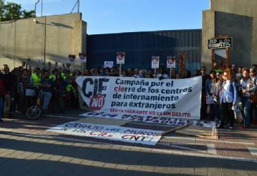 Concentració pel tancament dels Centres d´Internament de´Estrangers CIEs