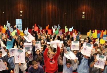Niños, niñas y jóvenes se movilizan en Valencia para pedir la palabra por la educación.