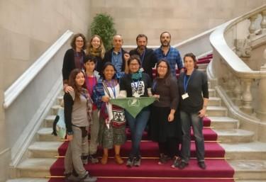 """La """"Xarxa Teixint Resistències per les defensores d'Amèrica Llatina"""" ante la situación de emergencia de personas defensoras"""