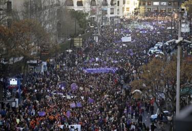 La marea violeta no era un miratge: el feminisme torna a apoderar-se dels carrers aquest 8 de Març