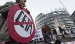 La Eurocámara da luz verde al CETA, el tratado de libre comercio entre Europa y Canadá