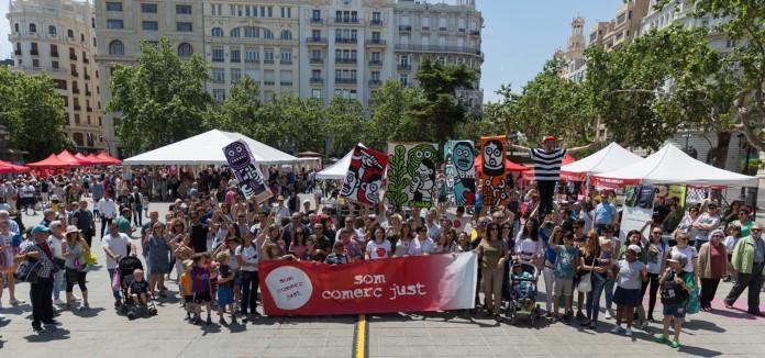 Tecnico/a-de-sensibilizacion-y-campanyas-para-la-organizacion-y-coordinacion-del-Dia-Mundial-del-Comercio-Justo-en-la-Comunitat-Valenciana