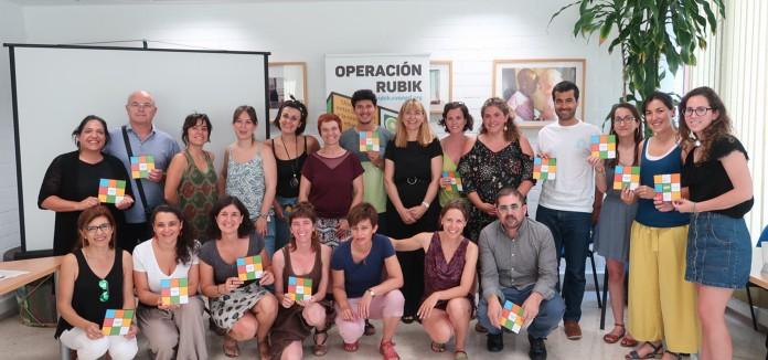La_Coordinadora_Valenciana_de_ONGD_y_la_Generalitat_presentan_«Operacion_Rubik»,_una_plataforma_de_recursos_online_para_toda_la_comunidad_educativa