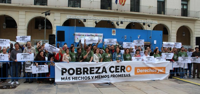 Pobresa_Zero_reclama_en_Alicante_Mas_hechos_y_menos_promesas_en_la_lucha_contra_la_pobreza_y_por_los_derechos_de_la_personas_