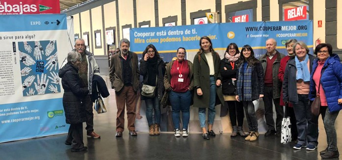 La_estacion_de_tren_de_Alicante_Adif_acoge_una_exposicion_con_nueve_ilustradoras_valencianas_que_desmontan_mitos_sobre_la_cooperacion