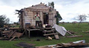 Destrozos en viviendas en Nicaragua. Foto de Manos Unidas.